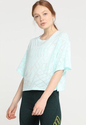 SHOW OFF TEE - T-shirts med print - fair aqua heather