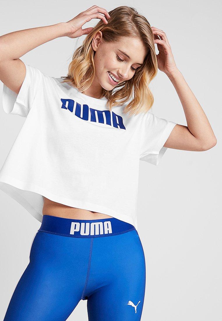 Puma - CROPPED LOGO TEE - Print T-shirt - white