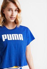 Puma - CROPPED LOGO TEE - Print T-shirt - sodalite blue - 3