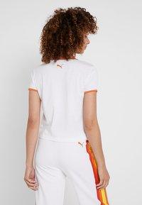 Puma - PERFORMANCE RETRO TEE - Print T-shirt - white - 2