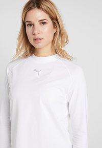 Puma - EVOSTRIPE LIGHT WEIGHT - Långärmad tröja - white - 4