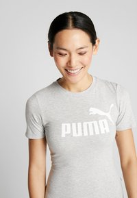 Puma - BODYSUIT - Triko spotiskem - light gray heather - 3