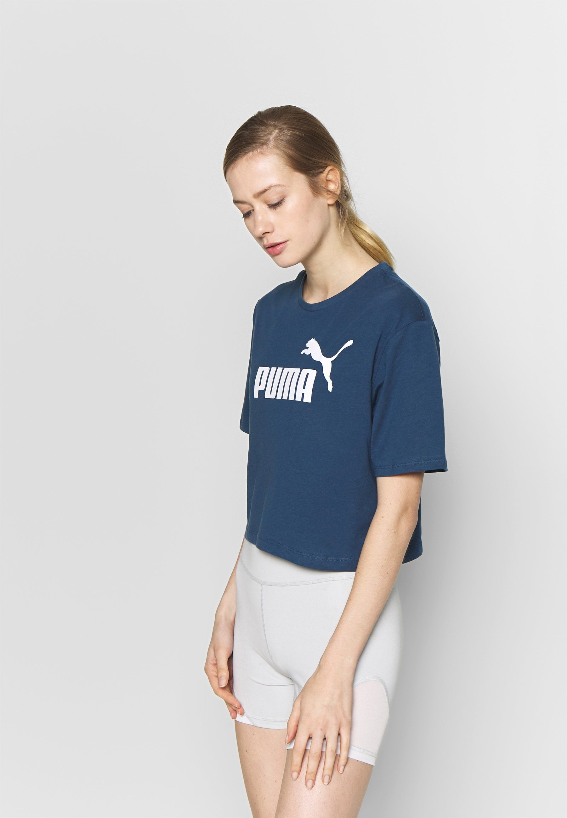 CROPPED LOGO TEE T shirt con stampa dark denim