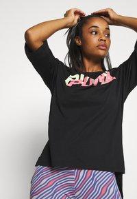 Puma - MODERN SPORTS FASHION TEE - Print T-shirt - black - 3