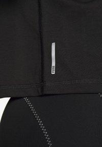 Puma - METAL SPLASH GRAPHIC TEE - Print T-shirt - black - 4