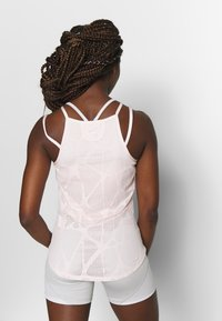 Puma - STUDIO STRAPPY LACE TANK - Sportshirt - rosewater - 2