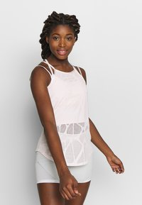 Puma - STUDIO STRAPPY LACE TANK - Sportshirt - rosewater - 0