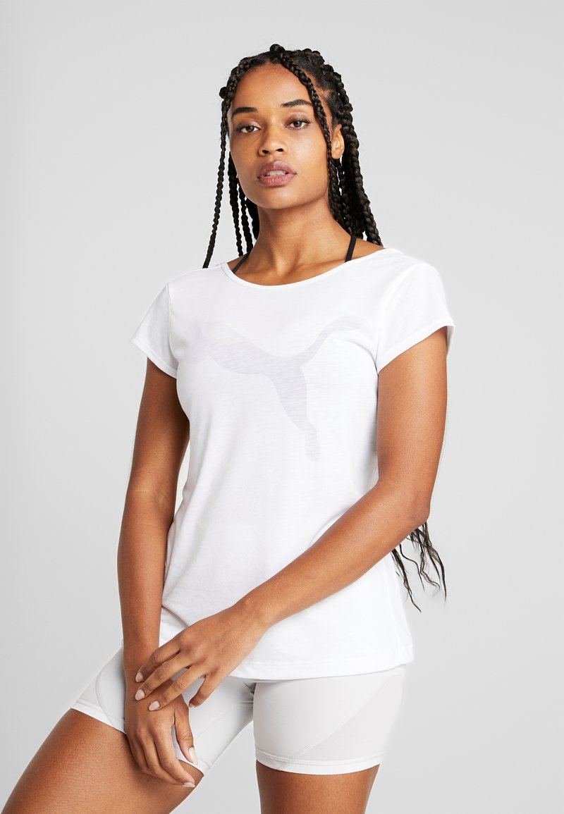 Puma - SOFT SPORTS TEE - T-shirt imprimé - white