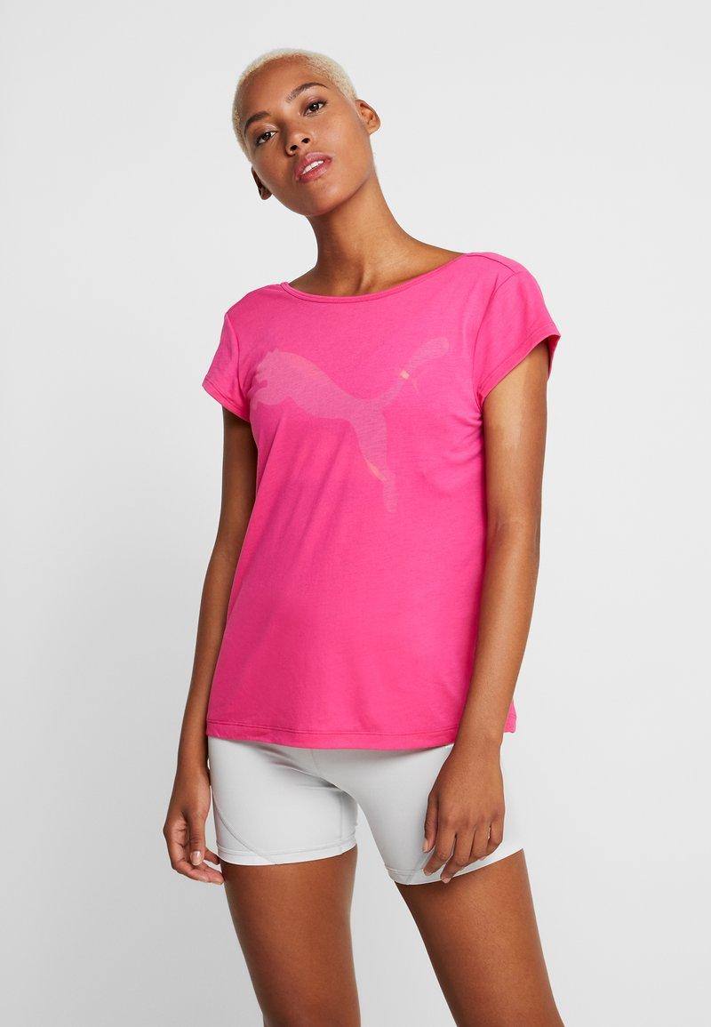 Puma - SOFT SPORTS TEE - T-shirt z nadrukiem - fuchsia purple