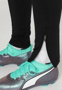 Puma - TRAINING PANT - Pantaloni sportivi - biscay green/black - 3