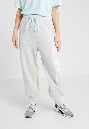 SG X PUMA TRACK PANT - Pantalones deportivos - light grey heather