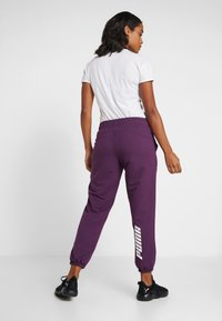 Puma - MODERN SPORT TRACK PANTS - Pantaloni sportivi - plum purple - 2