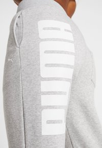 Puma - REBEL PANTS  - Träningsbyxor - light gray heather - 3