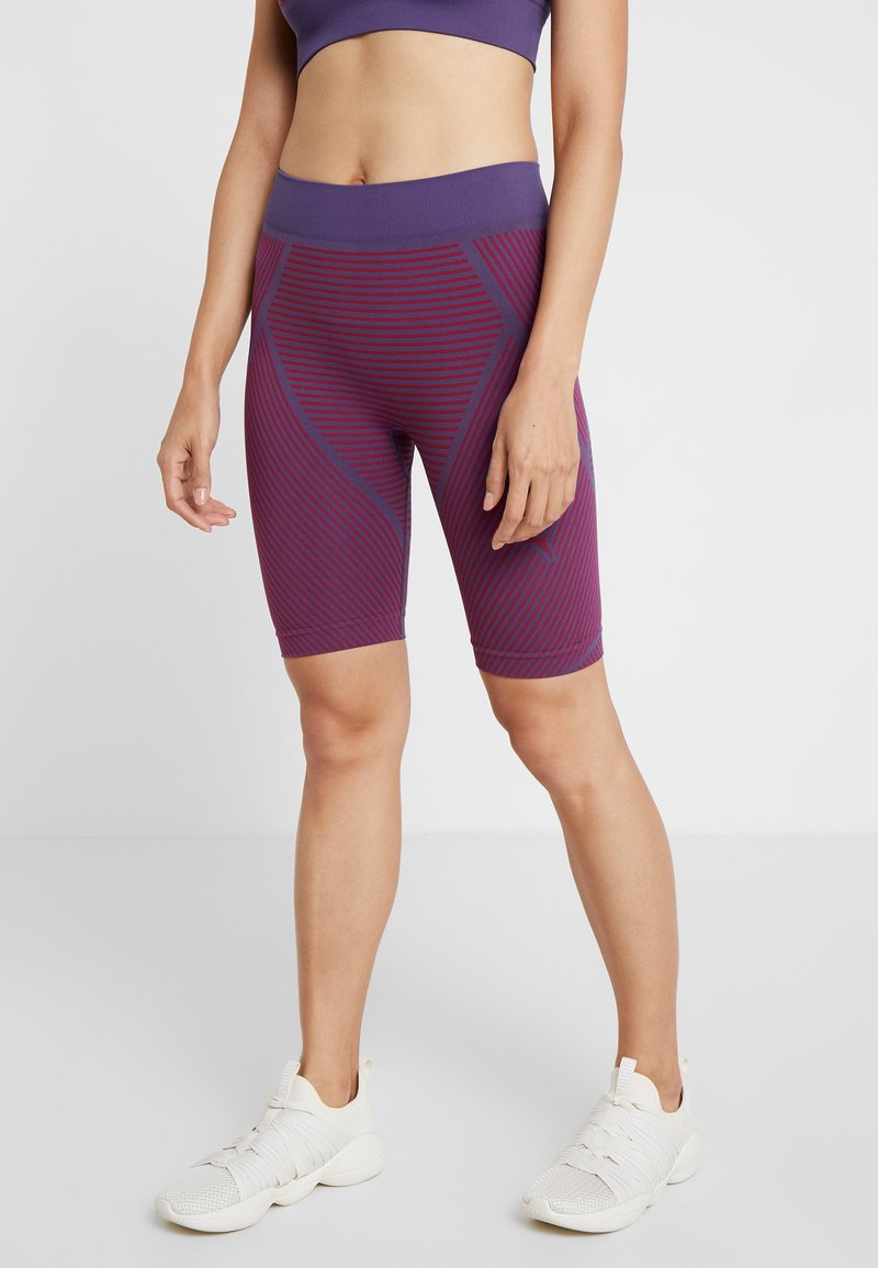 Puma - SEAMLESS CYCLING SHORTS - Collant - imperial palace/persian red