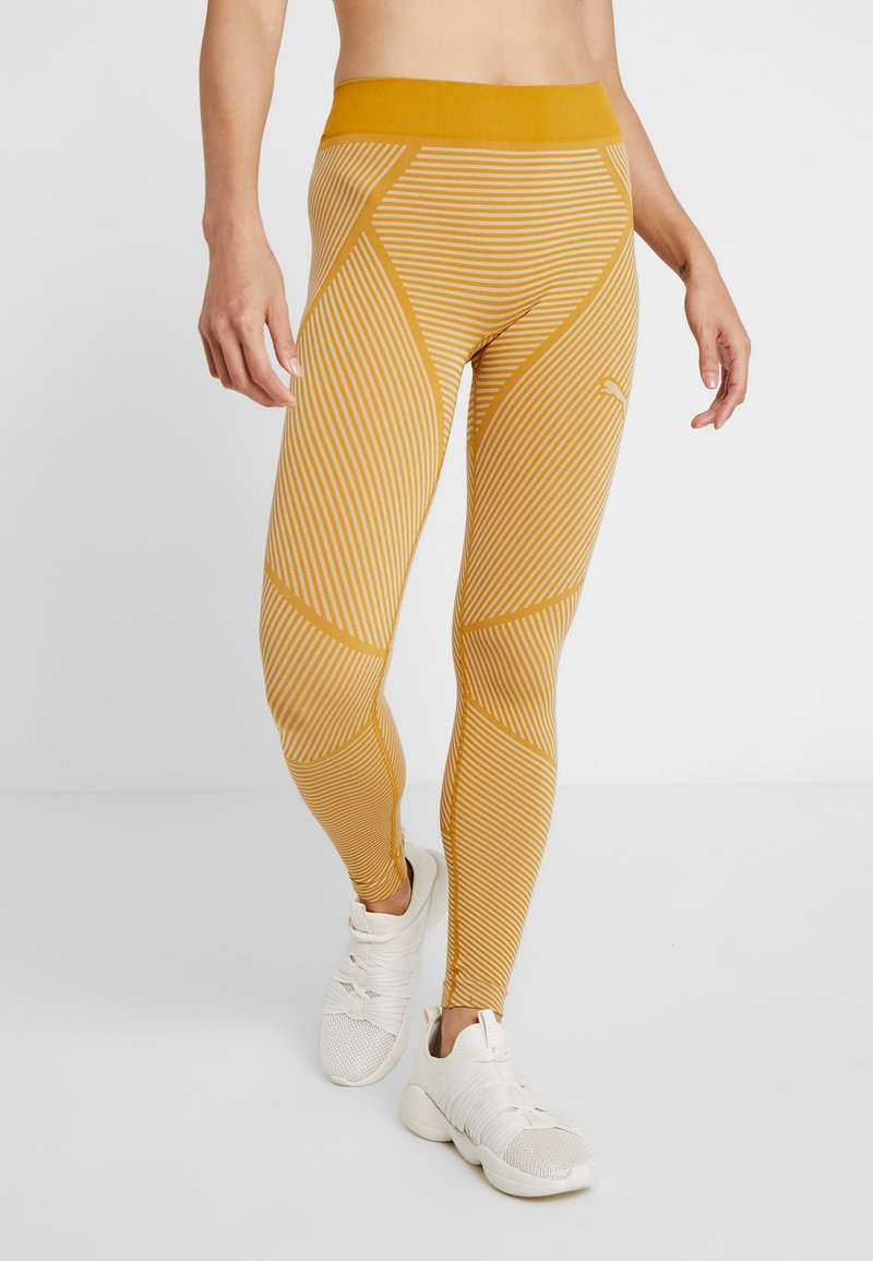 Puma - SEAMLESS LEGGINGS - Tights - chai tea/oatmeal