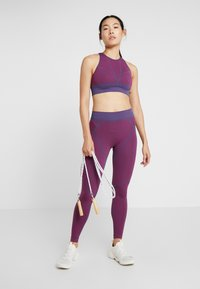 Puma - SEAMLESS LEGGINGS - Legging - imperial palace/persian red - 1