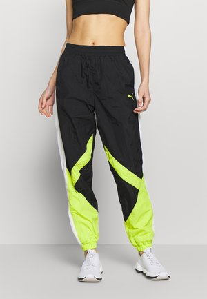 STUDIO CLASH ACTIVE TRACK PANTS - Joggebukse - black