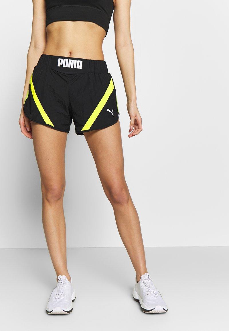Puma - STUDIO CLASH ACTIVE SHORTS - Sports shorts - black
