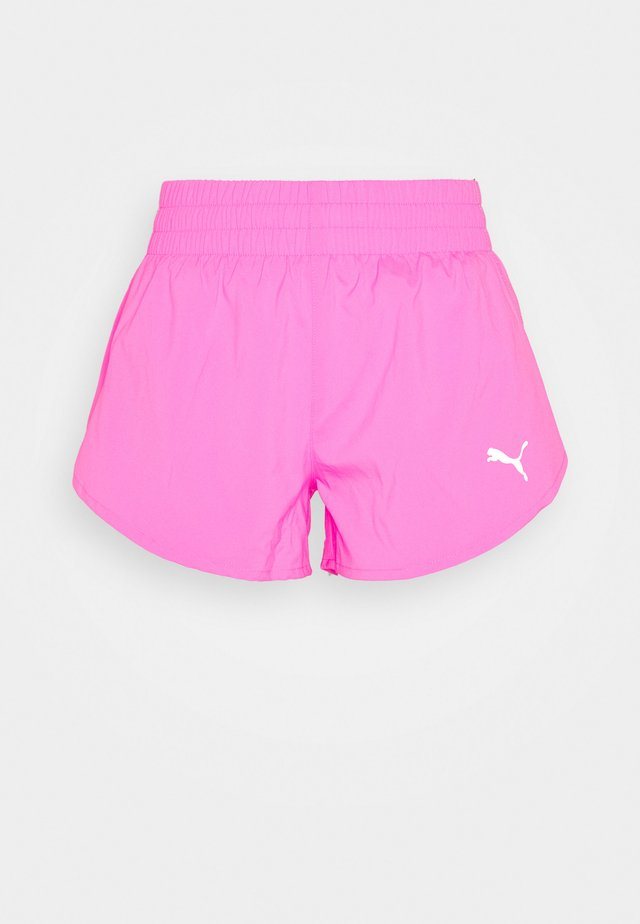 IGNITE SHORT - kurze Sporthose - luminous pink