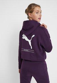 Puma - NU TILITY HOODY - Collegetakki - plum purple - 2