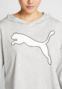 Puma - MODERN SPORTS COVER UP - T-shirt de sport - light gray heather - 6
