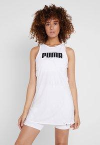 Puma - PERFORMANCE DRESS - Sportovní šaty - white - 0