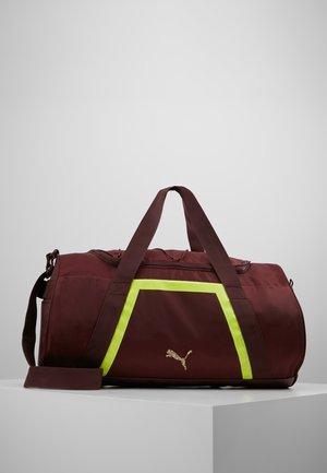 SHIFT DUFFLE - Sports bag - vineyard wine/yellow alert