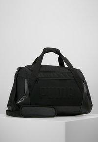 Puma - GYM DUFFLE BAG M - Sac de sport - black - 0