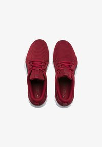 Puma - CARSON 2 - Neutral running shoes - red - 1