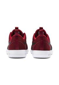 Puma - CARSON 2 - Neutral running shoes - red - 3