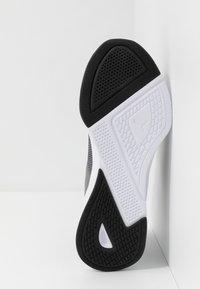 Puma - FLYER RUNNER - Zapatillas de running neutras - charcoal gray/black/blue turquoise - 4