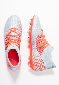 Puma - FUTURE 4.3 NETFIT FG/AG - Chaussures de foot à crampons - glacial blue/energy red/high risk red - 1