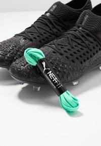 Puma - FUTURE 4.1 NETFIT FG/AG - Fotbollsskor fasta dobbar - black/aged silver - 5