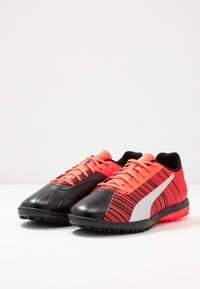 Puma - ONE 5.4 TT - Chaussures de foot multicrampons - black/nrgy red/aged silver - 2