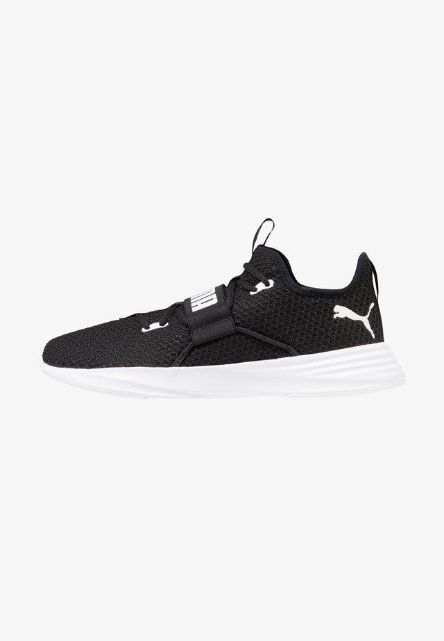 PERSIST XT - Sportovní boty - black/white
