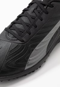 Puma - ONE 20.4 TT - Korki Turfy - black/asphalt - 5