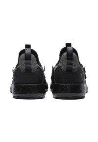 Puma - NRGY NEKO - Chaussures de running neutres - black-black - 3
