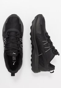 Puma - ESCALATE - Zapatillas de trail running - black/white