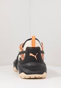 Puma - ERUPT TRL FM - Chaussures de running - tapioca/black - 3