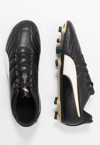 Puma - CLASSICO C II FG - Fodboldstøvler m/ faste knobber - black/white/gold - 1