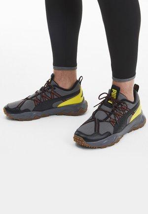 PUMA EMBER TRL MEN'S RUNNING SHOES MALE - Hardloopschoenen neutraal - gray