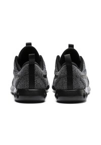 Puma - Neutral running shoes - black-black - 4