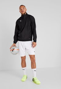 Puma - LIGA TRAINING - Veste coupe-vent - black/white - 1
