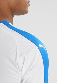 Puma - LIGA  - Strój drużynowy - white/electric blue - 5