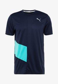 Puma - IGNITE TEE - Print T-shirt - peacoat blue/turquoise - 5