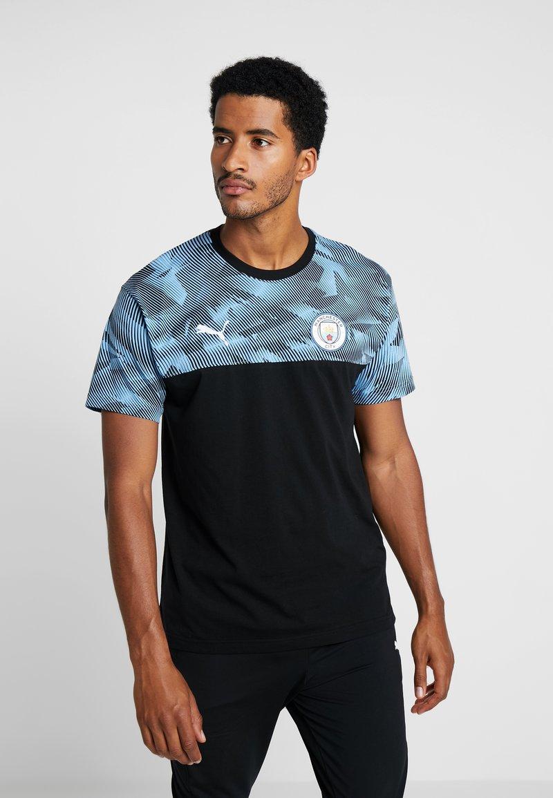 Puma - MANCHESTER CITY CASUALS - Print T-shirt - black/light blue
