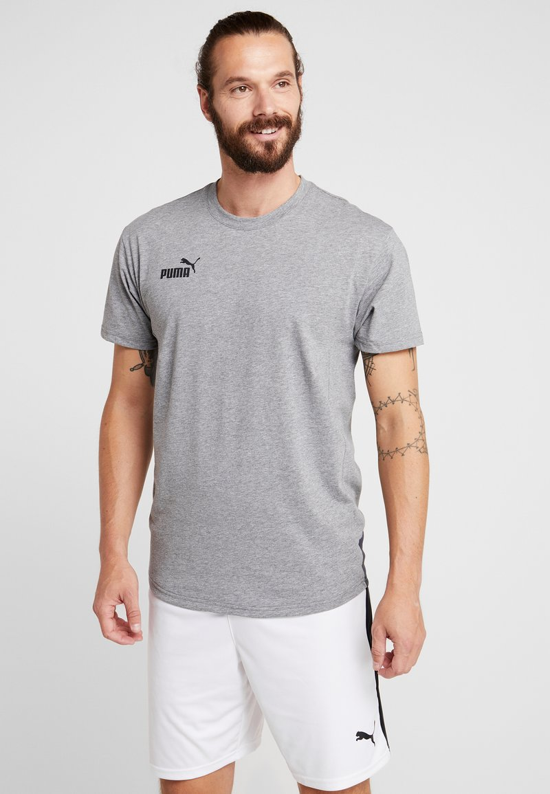 Puma - CASUALS TEE - T-shirts print - grey dawn/ebony
