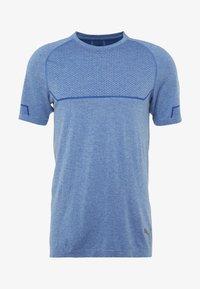 Puma - ENERGY SEAMLESS TEE - T-shirt imprimé - galaxy blue heather - 4