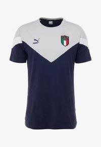 Puma - ITALIEN FIGC ICONIC MCS TEE - National team wear - peacoat/gray - 4