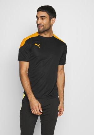 FTBLNXT - Camiseta estampada - black/ultra yellow